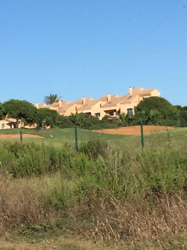 hoyo en campo de golf diseñado por Serveriano Ballesteros apartamentos novo SANCTI PETRI