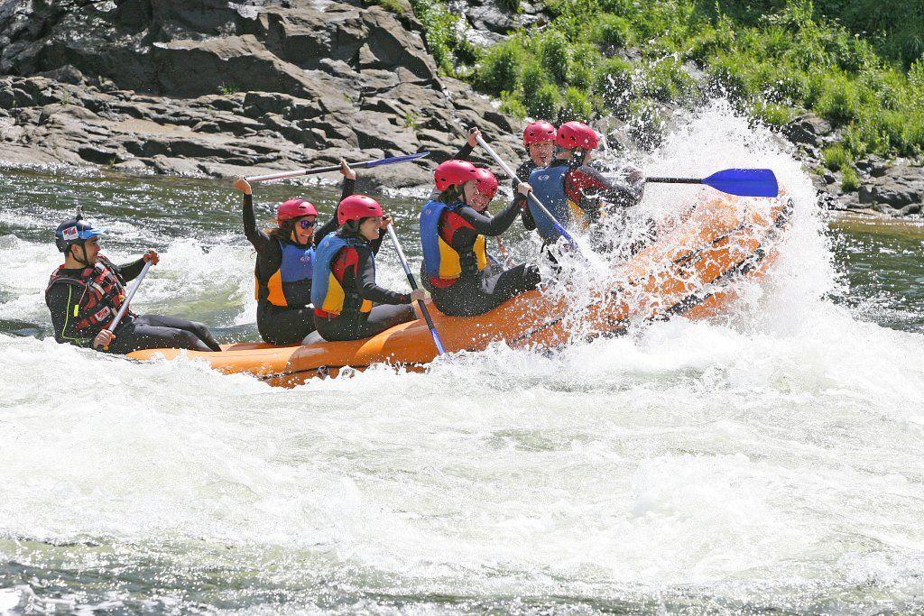 El destino más radical de Portugal con la aventura de Pegada Zero en el río Miño. Descubre Melgaço