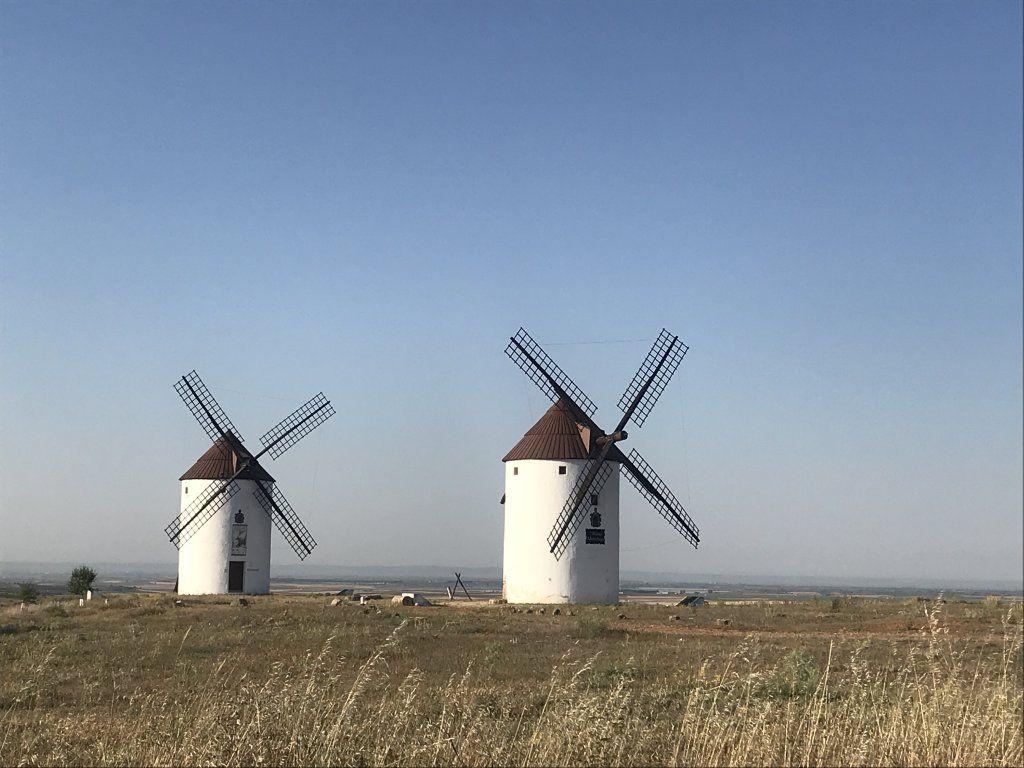 molinos de viento de mota del cuervo cuenca